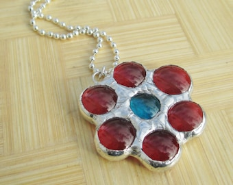 Red Daisy Flower Stained Glass Pendant Necklace