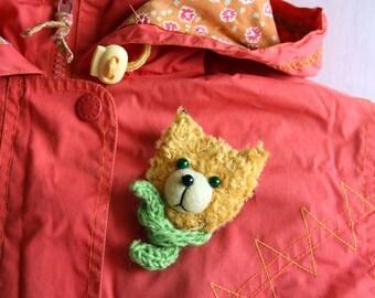 "Kitten Brooch, 2,4"", children jewelry, yellow, green"