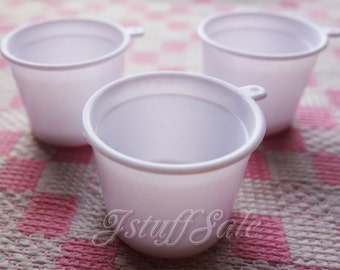 50 pieces - miniature plastic cups