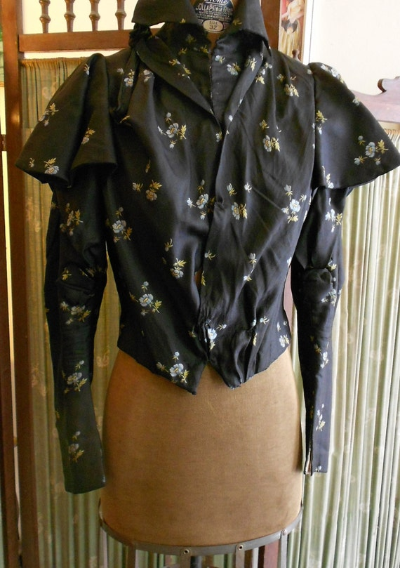 """Lovely 1890's, 32"""" bust, black silk, with forget-me-not blue flowers, print, """"waist"""" (blouse)"""