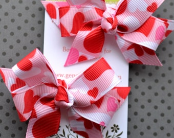Pink Camo Hearts Mini Diva Bow Pigtail Set