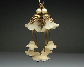 Bead Dangles Vintage Style Beige Brown Lucite Flowers Pair BR89