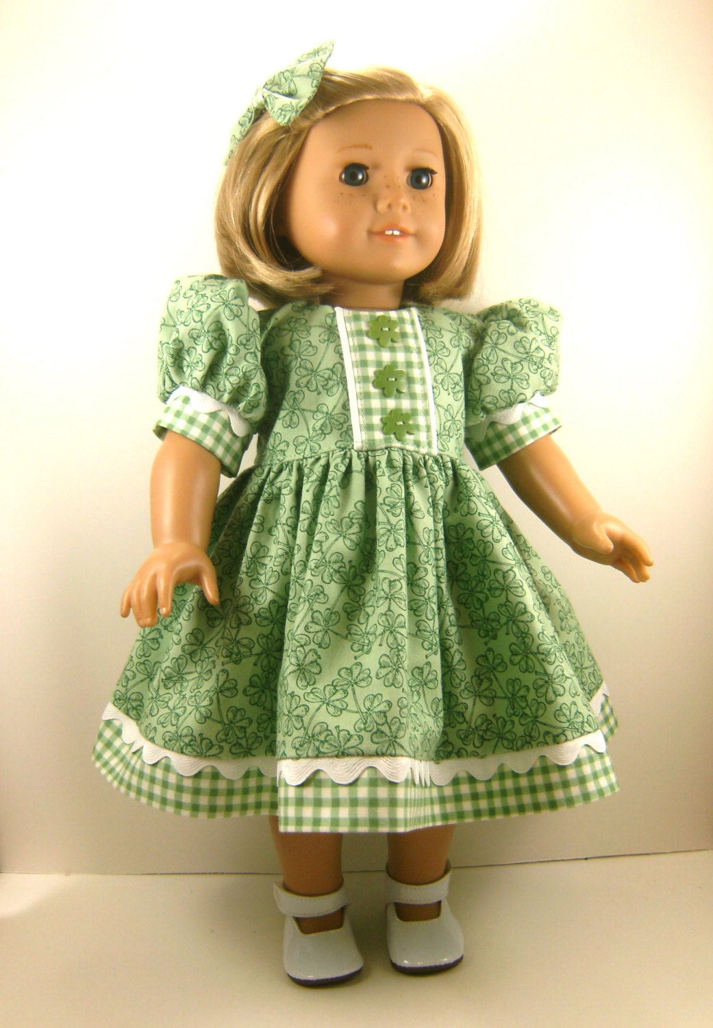 American girl doll 18 inch dolls st patrick 39 s day short for Garden tools for 18 inch doll