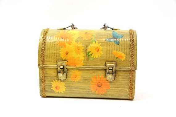 HALF OFF - Vintage Decorated Lunch Box