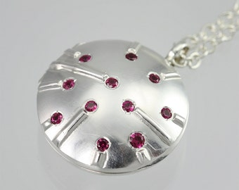 "Locket- Stars & Stripes, Lrg. (Ruby) (24"") (Made to Order)"