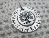 Personalized Tree of Life  Mommy Mother Grandma Nanna Necklace with up to Four Names  on Sterling Silver Chain Mothers Special Gift