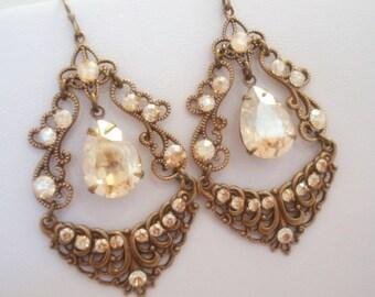 Champagne gold earrings, Chandelier earrings, Bridal earrings, Wedding jewelry, Antique gold earrings, Golden shadow earrings, Swarovski