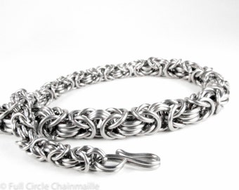 Graduated Byzantine - Chainmaille Necklace