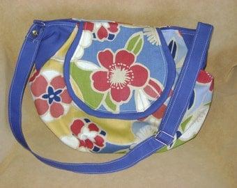 Purse Shoulder Bag Crossbody Large Bag Flap Multi-Colored Floral Abstract Slouchy Adjustable Strap Pockets