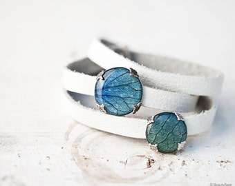 White leather wrap bracelet - Blue Hydrangea leather bracelet - White leather bracelet - Blue Flower bracelet - Triple Wrap Bracelet (BT024)