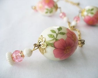 Decoupage Egg Necklace & Earrings, Pink Floral, Cream, Germany, 1960's, Gold tone, Buttercups, Lightweight, Clip On, Porcelain Look