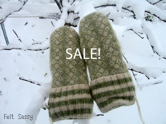 SALE - Chidren's Felted Mittens - Green  - Fully Lined - Recycled Wool Sweater - by Felt Sassy