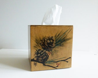 Boutique style Tissue Box with pinecone