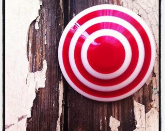 vintage lucite hair fascinator. bullseye