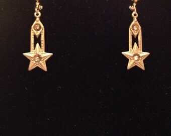 Lady Cora golden star earrings with Aurum gold Swarovski crystals that hang from lever backs.-Christmas earrings-