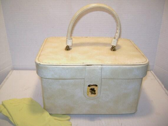 Vintage Make Up Train Case Handbag, Vinyl, Pan Am Stewardess, Ecru Beige Marble, Cosmetics Crafts Dolls Sewing, Hand Luggage, Carry On