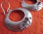 Balinese Sterling Silver circle amethyst Dangle Earrings  / silver 925 / Bali / Handmade Jewelry
