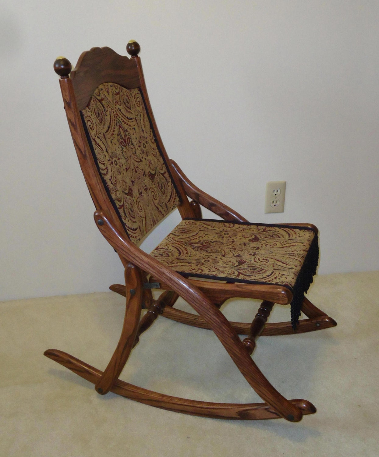 Folding wooden rocking chair - Like This Item