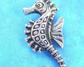4 Antique silver Seahorse charms bracelets necklace pendants arts craft supplies 30mm x12mm