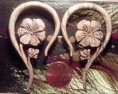 Hawaiian 6 Gauge Ear Plugs