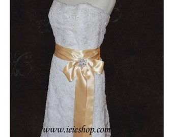 SALE - 65% OFF Ready to Ship Strapless Lace Reception Wedding Dress Size 12