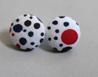 "3/4"" Size 30 Red/Navy/Brown/White Dots Fabric Covered Button Earrings"