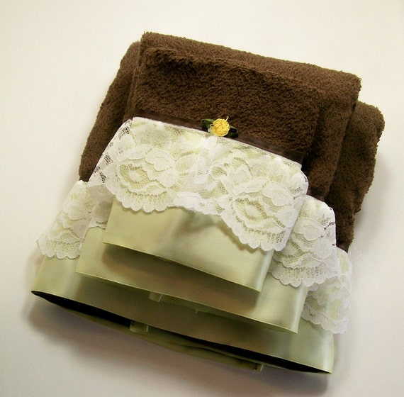 hand embellished hostess guest towels bath brown sage green. Black Bedroom Furniture Sets. Home Design Ideas