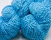 Forget-Me-Not - hand-dyed BFL/baby alpaca light fingering/3-ply/heavy lace 100g 475m