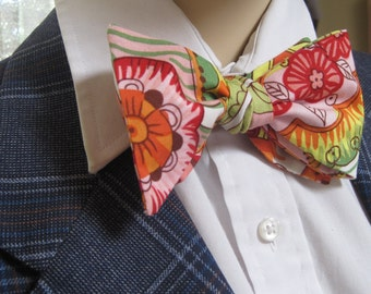 Bright Floral Print Bow Tie