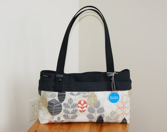 CLEARANCE 30% off Contemporary Cameleon Purse- 3 purses in one