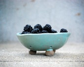 Berry bowl colander  personal size , small - claylicious
