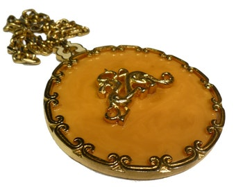 Huge Bakelite Chinoiserie Necklace.  Over 3 Inches in Diameter. 1940s.  USA.