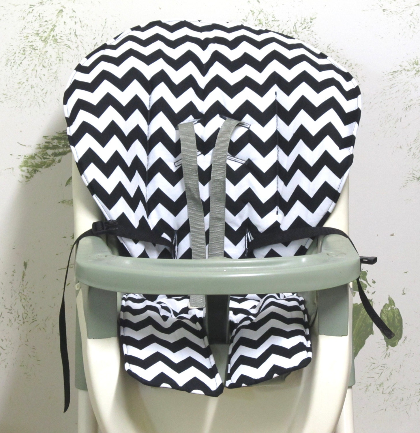 graco high chair cover pad replacement black and white. Black Bedroom Furniture Sets. Home Design Ideas