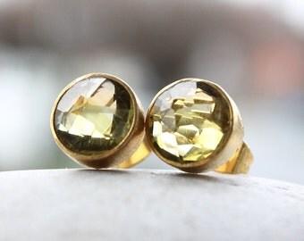 Green Gold Quartz Stud Earrings - Post Setting - Autumn Green, Yellow