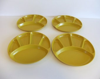 Divided Plates for Picnics, Barbeques Camping - Yellow Sturdy Vintage Plates