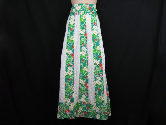 strawberry fields maxi skirt. 1970's fruit and eyelet stripe hippie / festival skirt. medium.