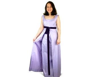 1960s gown. prom dress, sheath gown, lavender purple, Vogue Paris Original, empire waist, Size M
