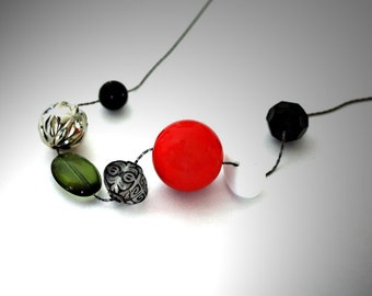 Geometric Jewelry Large Round Mixed Beads Statement Necklace : Acrylic and Glass Beads / Tomato Soup Necklace
