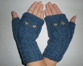 Blue jeans mittens - Hand knit blue wrist warmers - Gloves with owls - Wool arm warmers - Fingerless gloves - Winter Accesories - Gift Ideas