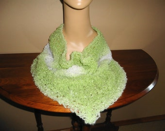 Ladies fashion cowl knit in green and white