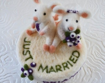 Wedding cake toppers custom made, needle felted animals and birds sculpture