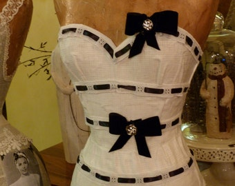 Vintage Fashion Audrey Eliza Dress Form Mannequin Black And White Velvet Bling Free Shipping And Layaway Available