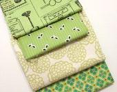 DESTASH - green Fabric Remnant bundle