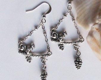 Super Cute Sqirrel and Pinecone Dangle Earrings - Animal, Sqirrel, Acorn, Pine Cone, Cute, Dangle earrings