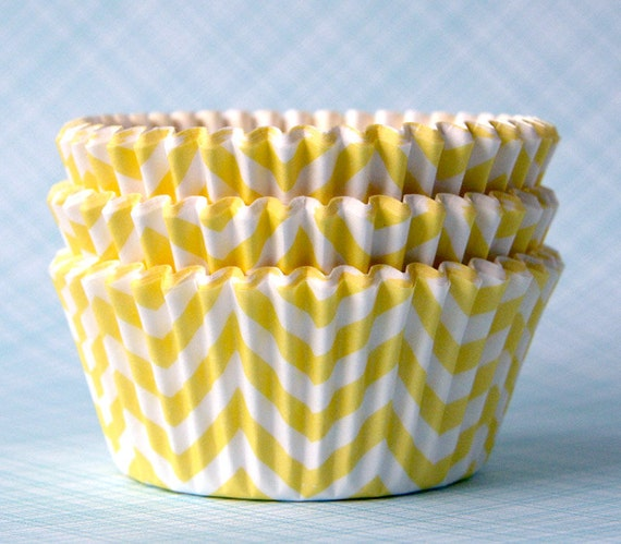 Yellow Chevron Cupcake Liners / Cupcake Papers (50)