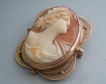 Italian Cameo Pendant Brooch Carved Shell  10kt Filigree