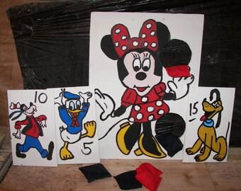 2   Games    Minnie   bean toss with   6  bean bags
