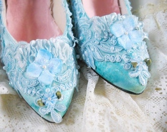 Sky blue satin Marie Antoinette heels rococo size 7
