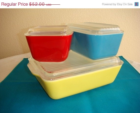 Pyrex Refrigerator Dish Set  - Primary Colors