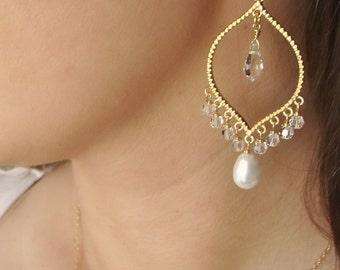 Swarovski Crystal and Pearl Gold Chandelier Earrings - Wedding, weddings, bride, bridal, bridesmaid gift